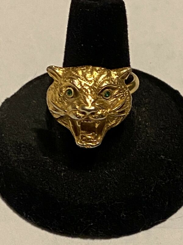 Vintage Jaguar adjustable gold-tone ring