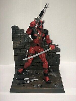 "Diamond Select Marvel Select Deadpool 7"" Figure Complete"