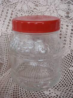 DECORATIVE GLASS STORAGE JAR RED LID KIG GROUP 14.5CM CLEAN