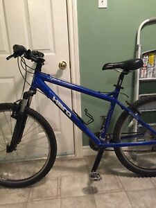 Haro Flightline One Mountain Bike size Small