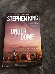 Book: Under the dome by Stephen King