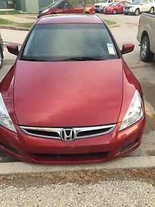 Honda Accord 2007 (clean title) sun roof