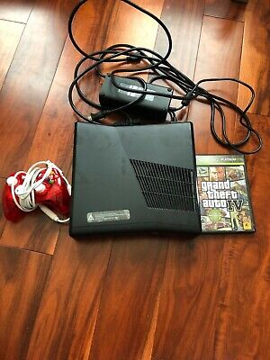 Used Xbox 360 with GTA 4-Black