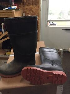 Never Used ~Size 7~ Rubber Boots