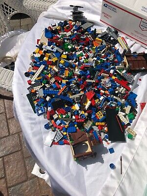 LEGO  4lbs Pounds Bulk of ASSORTED Lego PIECES