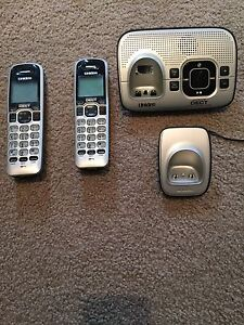 Uniden Home Phone Set Woodlands Stirling Area Preview