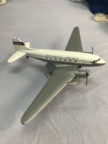 Ertl Mobil Douglas DC-3 Airplane Continental Airlines