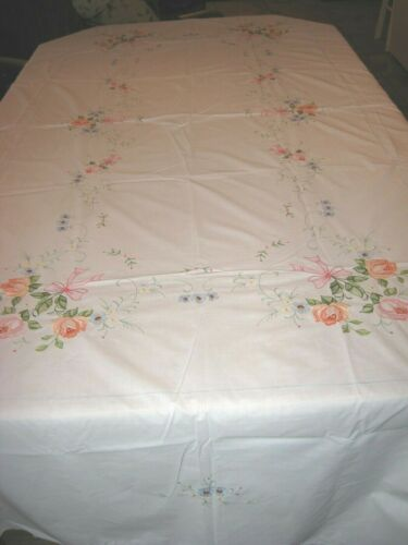 White Vintage Look Handmade Roses Embroidery Cotton Blend Banquet Tablecloth -