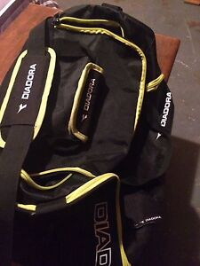 Diadora men's gym bag
