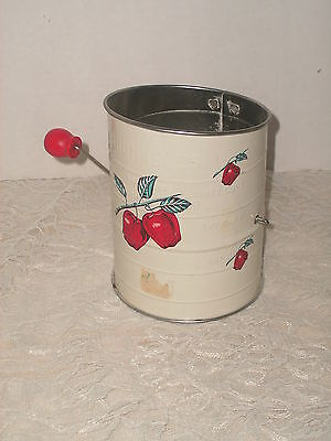 SHABBY COTTAGE VINTAGE APPLE SIFTER COUNTRY CHIC BROMWELL