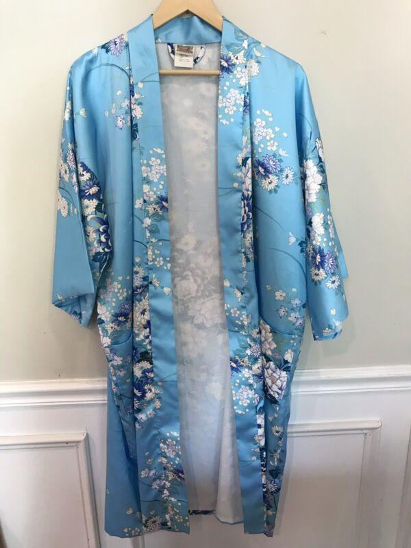 Vintage Women's Kimono Robe Made In Japan Long Flowers