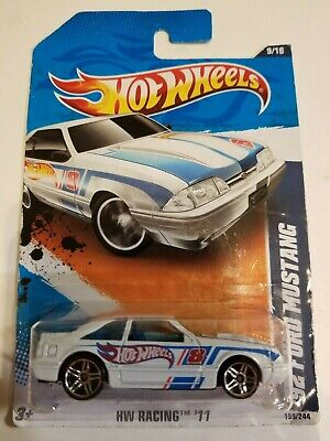Hot Wheels '92 Ford Mustang White 2011 HW Racing New