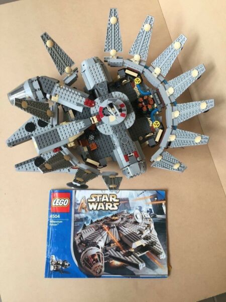 Lego 4504 Millennium Falcon Complete With Instructions Toys