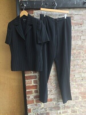 NWOT WOMENS KASPER BLACK PINSTRIPED SHORT SLEEVE CORPORATE JACKET & PANT SUIT (Short Sleeve Suits Womens)