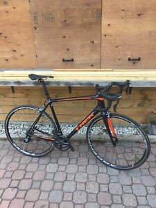 Trek Emonda sl6 carbon road bike
