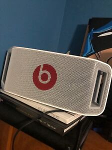 Beats  by Dre BEATBOX  - authentic.
