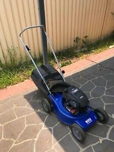 Victa Hurricane Mulch or Catch 4 Stroke Lawn Mower