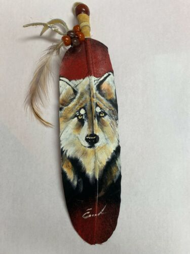 NEW HAND PAINTED FEATHER , ARTS & CRAFTS ,SOUTHWEST ART , SIGNED  , WOLF 2