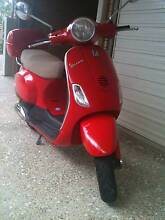 Stylish Vespa LX-50 Moped for sale Indooroopilly Brisbane South West Preview