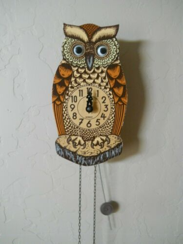 Awesome Vintage German 1-Day Weight, OWL Wall Clock, Moving GOOGLY Eyes EUC