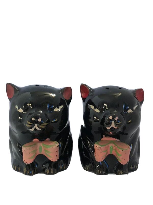 Vintage Redware Black Cats With Red Bow Salt And Pepper Shakers