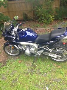 Yamaha FZ600 2005