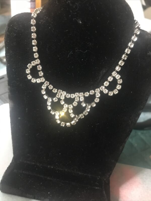 Vintage Doll Accessory Jewelry Necklace Madame Alexander Cissy ! Stunning!