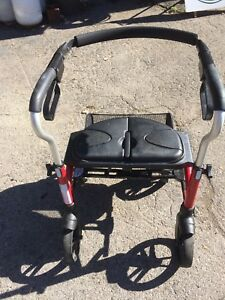 Evolution Xpresso Mini walker rollator