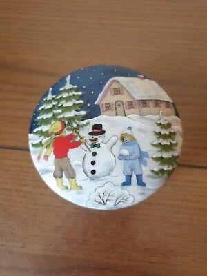 AK Kaiser W. Germany Porcelain Trinket Box Beautiful Snow Scene Ex Condition