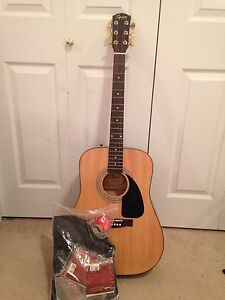 Squier by Fender Acoustic