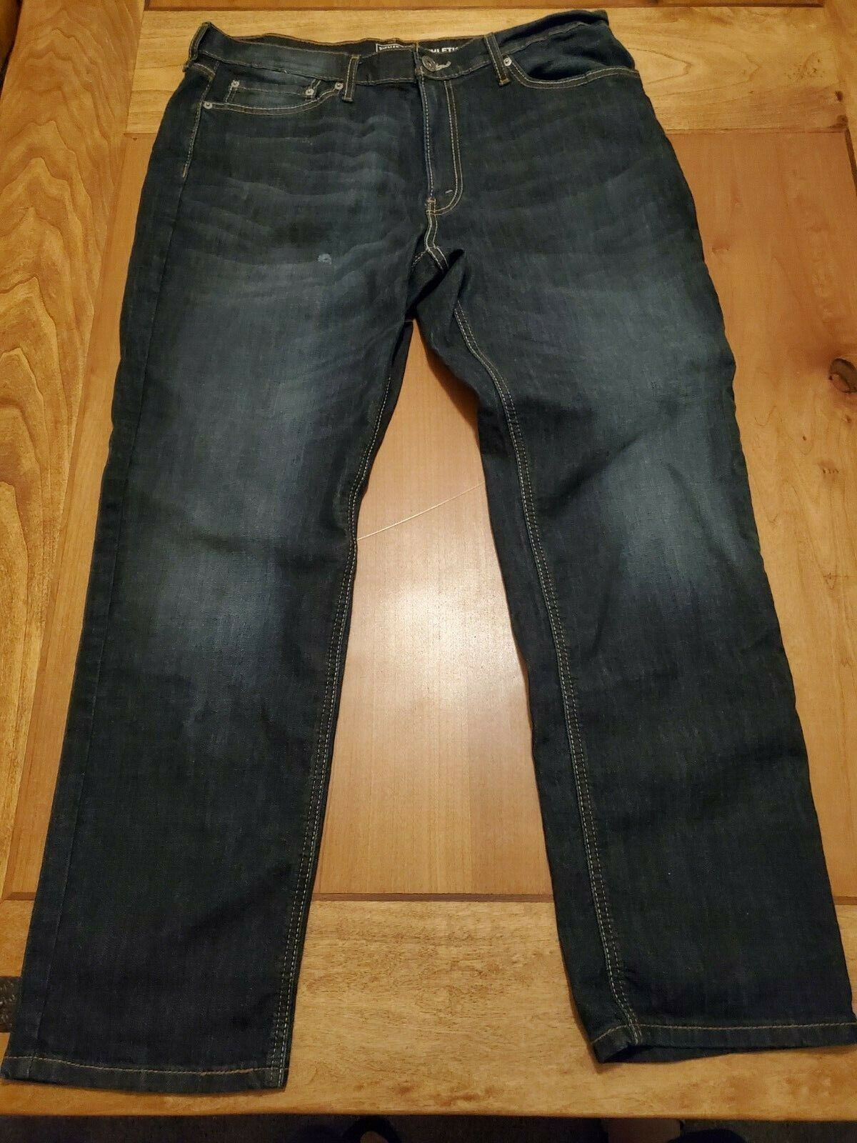 NWOT Signature by Levi Strauss & Co Gold Label Men's Athleti