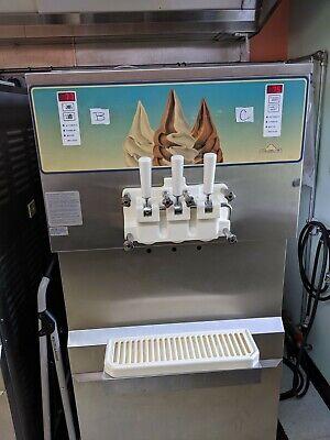 Carpigiani 820e Pressurized Ice Cream Machine Soft Serve