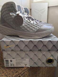 Nike Kobe III 'FTB' pack