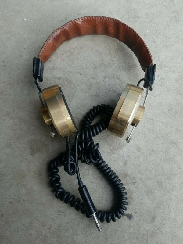 Vintage headphones teac HP-100. (FREE SHIP, SMOKE FREE)