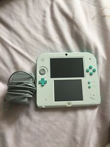 Selling the Nintendo 2DS , preinstalled with Mario Kart 7