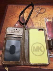 MICHAEL KORS IPHONE 5,5s,or 5c leather case and card holder