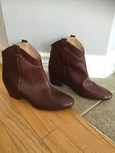 Brand New - Never Worn ZARA Leather Womens Boots - Booties