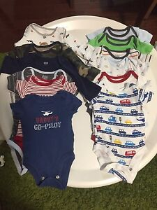 Baby boy clothes (0-3 months)