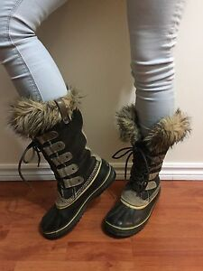 Ladies Sorel Boots - size 9 (Fit like a size 10)