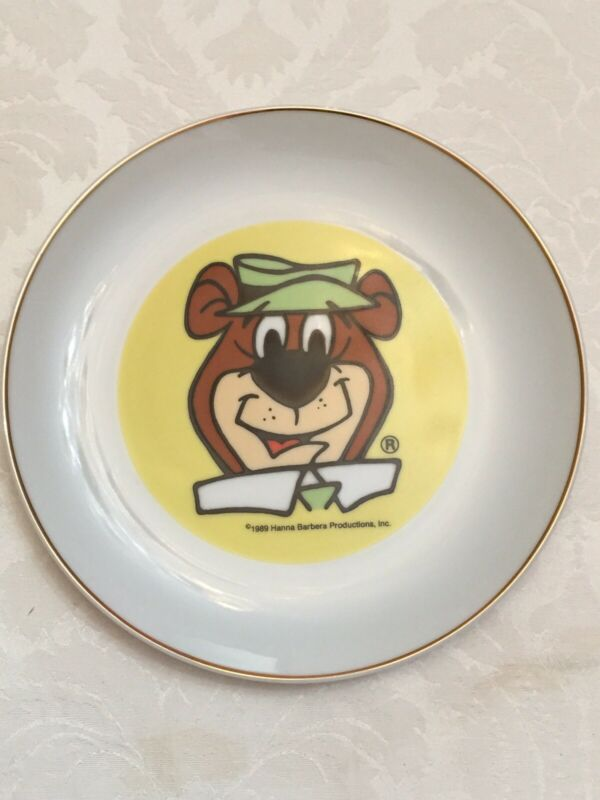 Yogi Bear, Collector Plate, 1989, Hanna Barbera, #111 of 2533, Gold Rim, Vintage