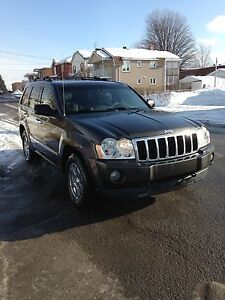 2005 Jeep grand Cherokee limited Hemi Dvd