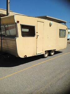 Vintage 18' caravan Hendon Charles Sturt Area Preview