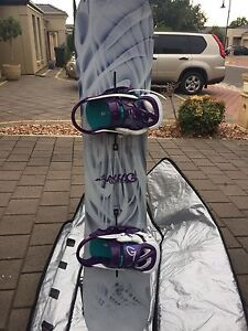 Ladies complete snowboard setup Oakden Port Adelaide Area Preview