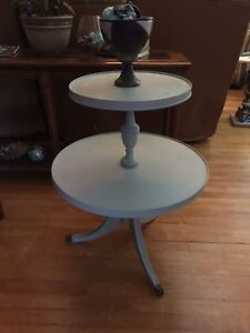 Chalk Painted table - gorgeous $100