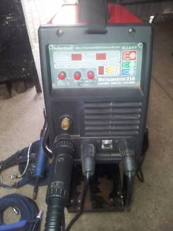 Token Tools  Metal Master 210