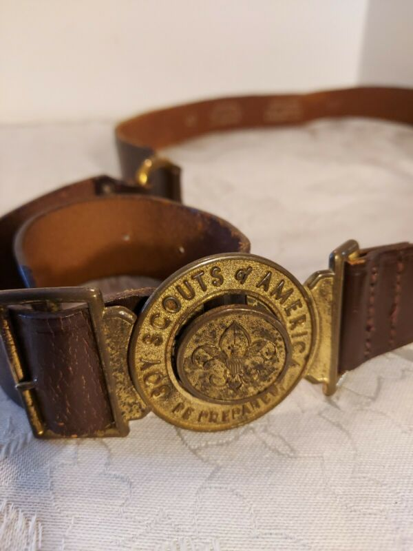 Vintage BOY SCOUTS Leader mid century 2 Piece Buckle and Leather Belt