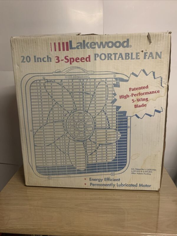 Vintage Lakewood 20 inch 3 speed Box Fan Brand New Model 200/I