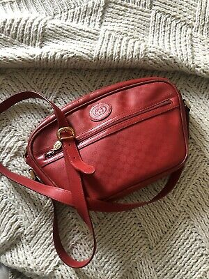 Red Vintage Gucci cross body bag