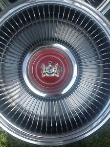 1973 Ford Meteor Hubcaps