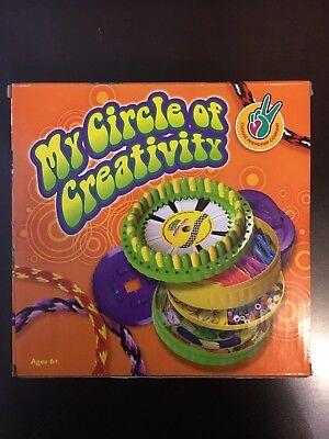 (My Circle of Creativity FRIENDSHIP BRACELETS Lanyards Key Chain Craft Kit NEW!)